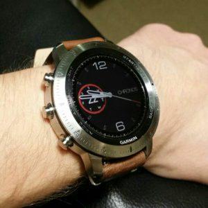 Garmin Chronos analoge Uhr