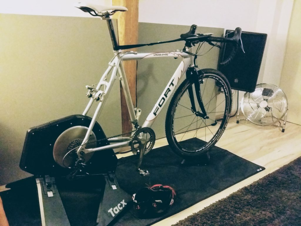 Mein Trainingsgerät. Tacx Neo Smart.