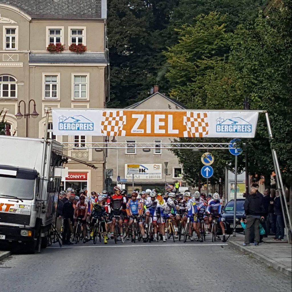 Start des 42. Rund um Sebnitz